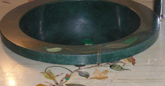 Grünes Pietra Dura Intarsien Marmor Waschbecken